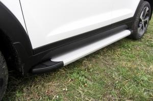 Пороги алюминиевые Optima Silver 1700 серебристые для Hyundai Tucson 4WD (2015)